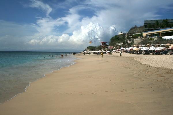 пляж длимленд